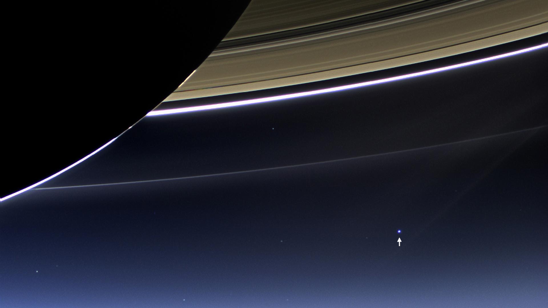 Erde vom Saturn aus
